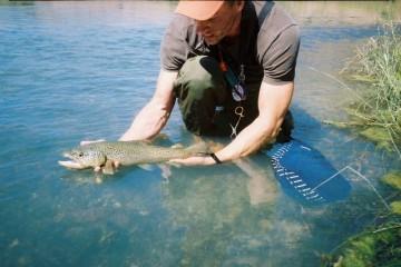 measure net man makes fire fishing net review