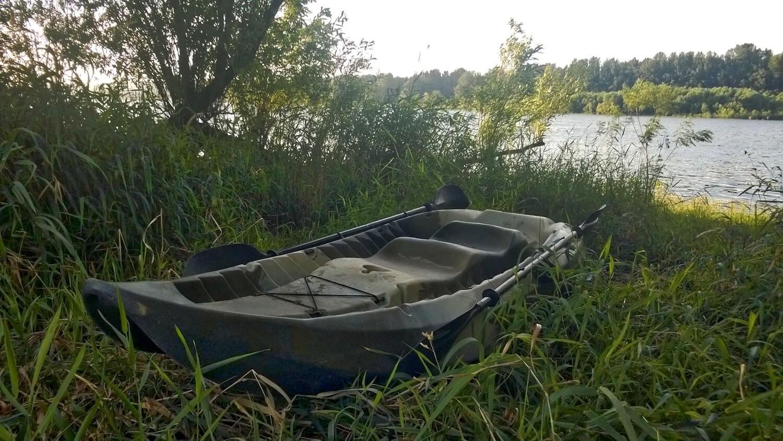 Lifetime sport fisher kayak review man makes fire for Lifetime fishing kayak