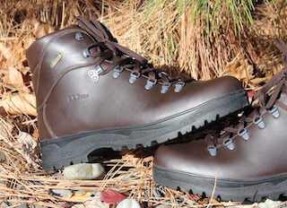 best backpacking gifts boots