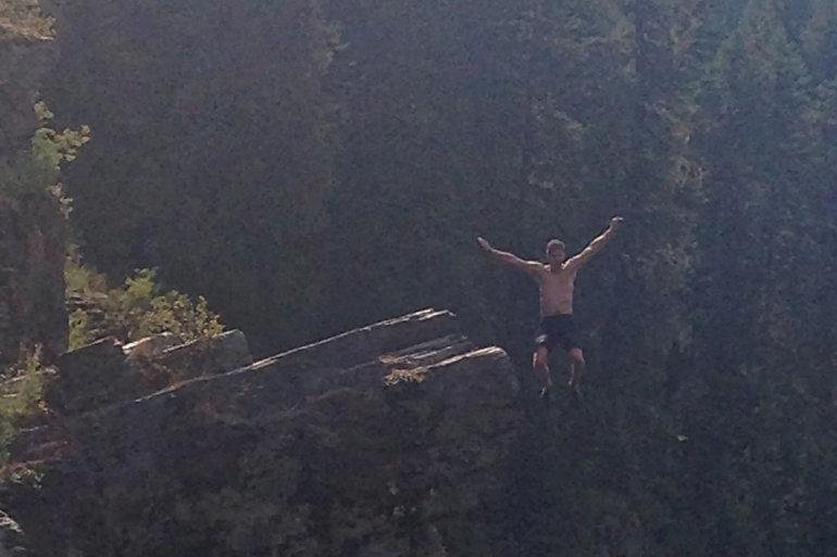 micro adventure jump