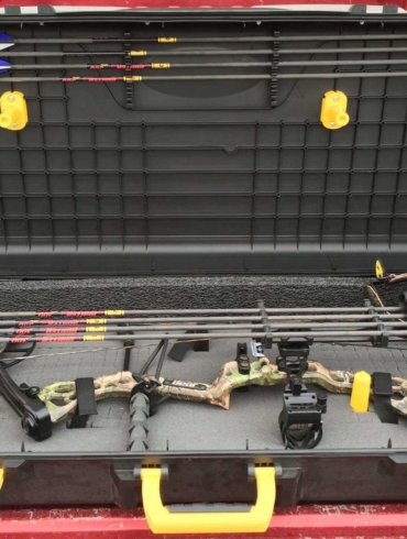 plano parallel bow case review