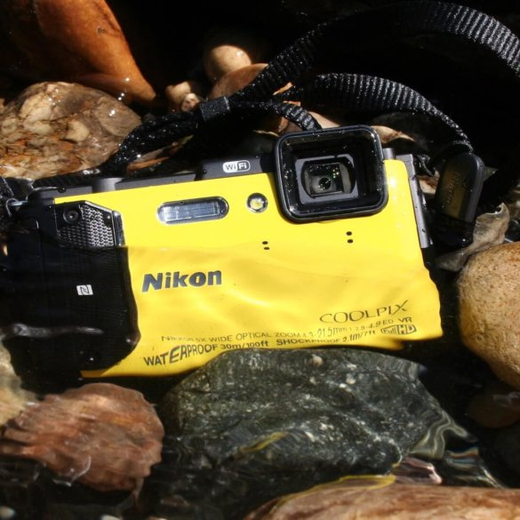 nikon aw130 review