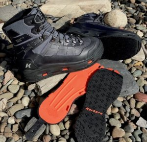 This best wading boot photo shows Korkers Wading Boots and interchangeable soles to illustrate felt soles vs rubber soled wading boots.