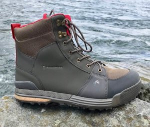 This best wading photo shows the Redington Prowler Wading Boot.