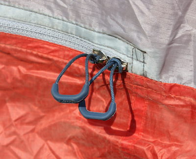 This photo shows the ultralight zipper pulls on the REI Quarter Dome 2 Tent. & REI Co-op Quarter Dome 2 Tent Review - Man Makes Fire