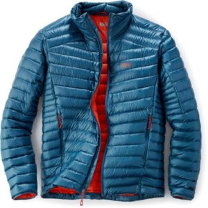 The image shows the men's REI Co-op Magma 850 down jacket.