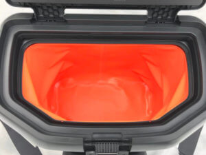 This image shows the opening to the OtterBox Trooper 20 cooler.