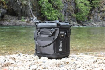 This photo shows the Grizzly Drifter 20 cooler.
