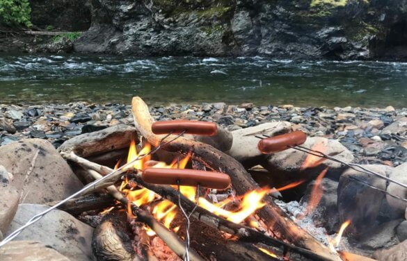 55 Camping Gifts For Campers Outdoor Fanatics Man Makes Fire