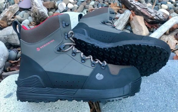 This best wading boot photo shows the Redington PROWLER-PRO Wading Boots.