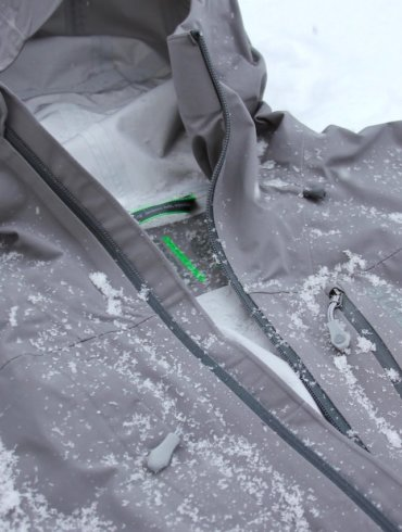This photo shows a closeup of the Stio Raymer men's hardshell skiing jacket.