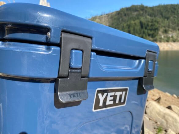 This review photo shows the YETI Roadie 24 latches.