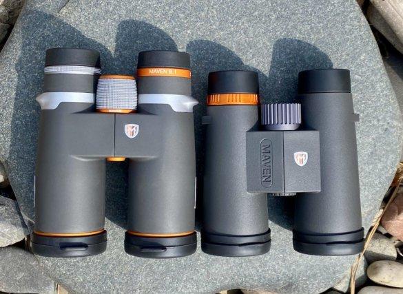 This photo shows the B.1 next to the C.1 binoculars.