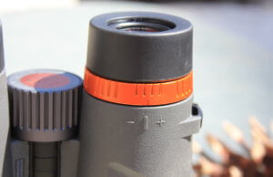 This photo shows the Maven C.1 diopter adjustment.