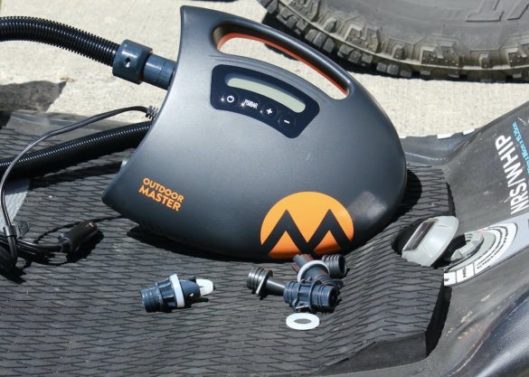 This review photo shows the Outdoor Master The Shark II with the accessory nozzles.