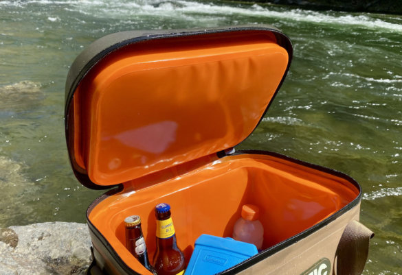 This photo shows the interior of the RTIC Soft Pack 30 Cooler.