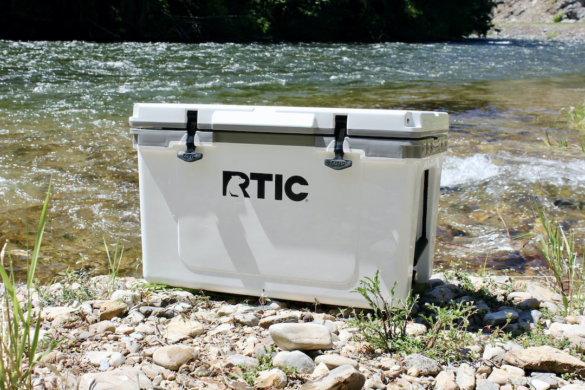 This photo shows the RTIC Ultra-Light Cooler with the lid shut.