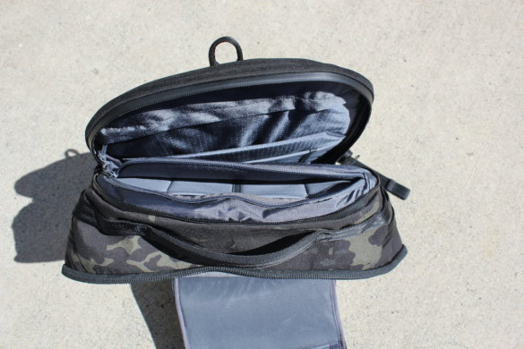 This photo shows the interior of the laptop/tablet pocket.
