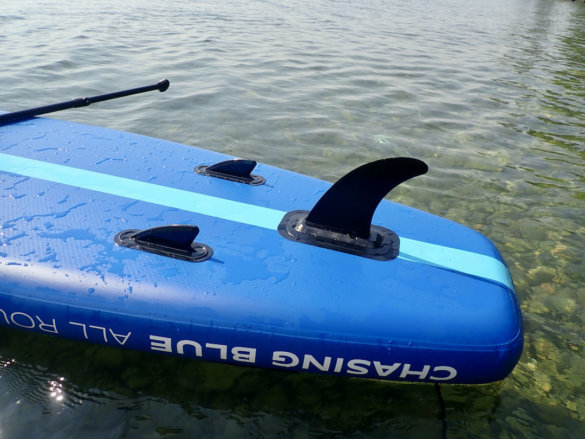This photo shows the fins on the Outdoor Master Infinite iSUP.